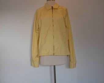 70s James Dean style slouch windbreaker jacket. Classic zip front jacket in buttery yellow by Kentfield, size 38, M-L.