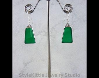 Green Onyx, 925 Sterling Silver, Dangle Earrings, Jewel Tone Green, Trapezoid, Cabochon, Gemstone, Drop Earring, Earwire, Bezel Set, Jewelry