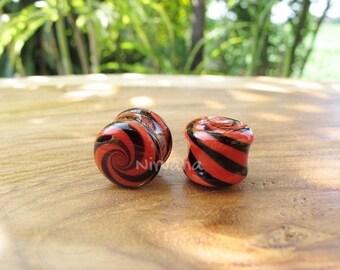 "Red & Black Candy Spiral Glass Plugs 6g 4g 2g 0g 00g 7/16"" 1/2"" 9/16"" 5/8"" 3/4"" 1"" 4mm 5 mm 6 mm 8 mm 9.5 mm 10 mm 12 mm  25 mm"
