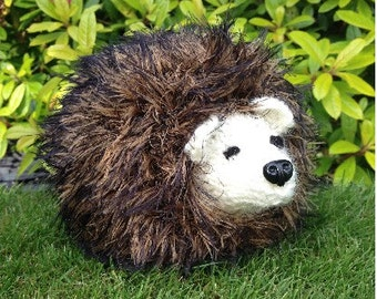 GetWoolly Hedgehog, hand knitted, medium