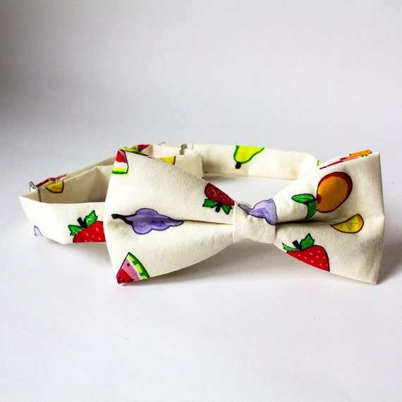 Tutti Fruitti Fruit Patterned Men's Bow Tie