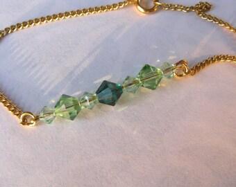 Green Crystal Bracelet. Gold and Green bracelet. Bridesmaid Bracelet. Green Bridesmaid Bracelet.