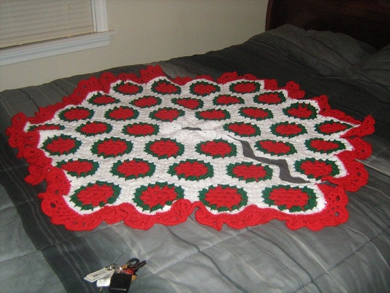 Crocheted Hexagon Granny Square Christmas Holiday Tree Skirt