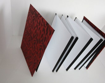 Red and Black Feather Print Blank Accordion Notebook