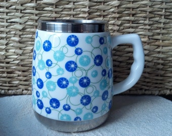 Large Retro Coffee Mugs