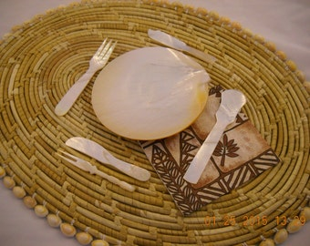 Hand Carved Mother of Pearl Caviar Serving Set and Utensils //Fine Dining//Formal Table//Entertaining//High End//Luxury Serving Set//Beluga