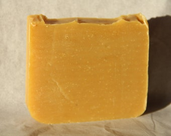 Natural Lemongrass Honeyscuckle Soap