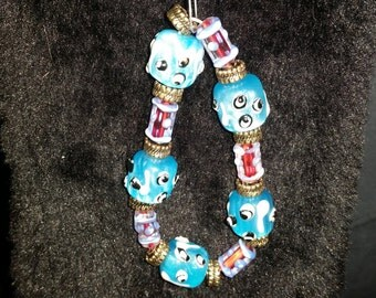 Blue glassbead bracelet