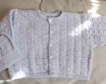 6 months 2-piece cardigan and tuque