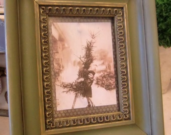 Vintage Picture Framed Christmas Art Decor