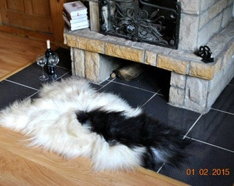 Sheepskin. Black and White Icelandic Sheepskin Rug. Super Soft Silky Long Wool.