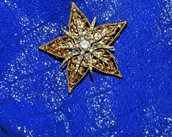 Vintage Jewelry  Crystal star Gold Tone Brooch