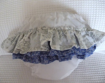 Baby Girl Ruffle Bloomers, ideal for Christmas