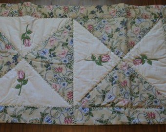 """Tulips, Table Runner,  Quilted Table Topper, Long Table Runner, 54x17"""", Easter Table Runner, Quilted Table Runner, Table Decor"""