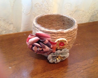Wrapped candle holder