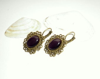 Cabochon earrings Brisur vintage style purple cat eye