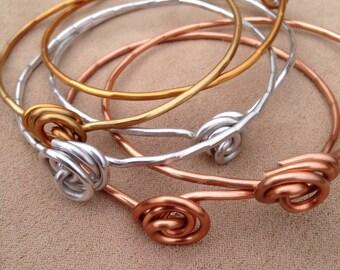 Shiny Love Knot Bangle Bracelet