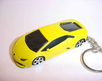 3D Lamborghini Huarcan LP 610-4 custom keychain by Brian Thornton keyring key chain finished in yellow color trim diecast metal body