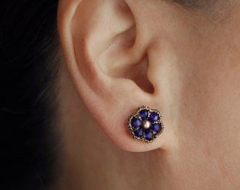 SAPPHIRE BLUE STUDS / blue bridesmaid jewelry / blue sapphire earrings / september birthstone jewelry