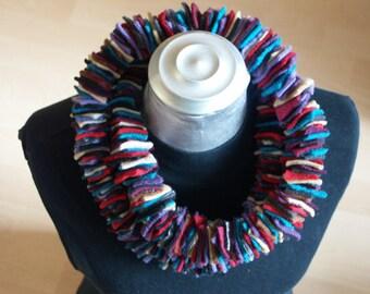 Colorful textile chain