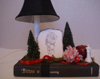 Twilight Bella and Edward Lamp