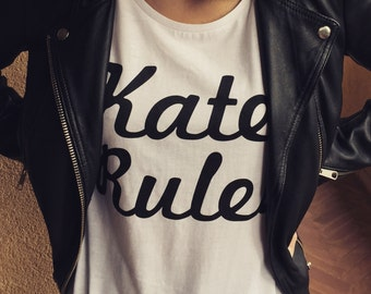 "T-shirt stampata ""KATE RULES"""