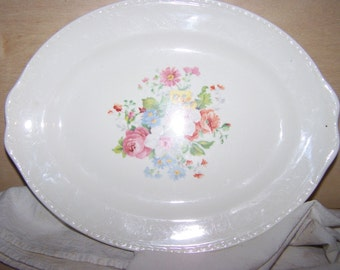 Vintage floral serving platter, Homer Laughlin, Georgian Eggshell, H44N5