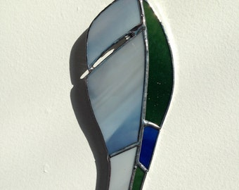 """5"""", stained glass, parakeet feather"""