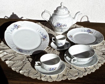 Rosenthal. Vintage. Classic Rose Collection. 151 pieces