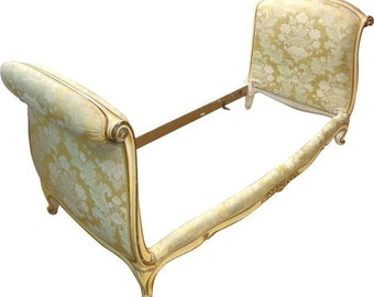 Antique French Louis XV Style Daybed