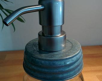 DIY mason jar soap dispenser lid & pump- galvanized lid