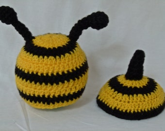 Bumble Bee hat with Tushie Cover