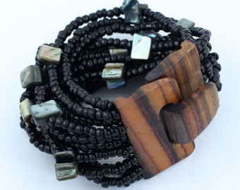 Beaded Shell With Coconut Wood Clasp Bracelet