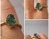 18kt yellow gold  raw uncut Apatite gem  size 6