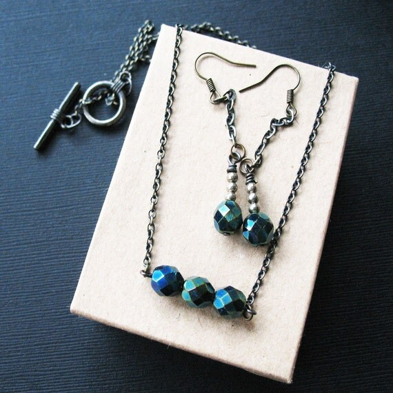 Cerulean Blue Necklace and Earring Jewelry Gift Set For Women. Blue and Green Jewelry