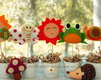 Set of 4 GARDEN GRACE Custom Party Favors, Party Topper, Reusable Cupcake Topper for Birthday, Baby Shower, Wedding, Woodland Theme Party