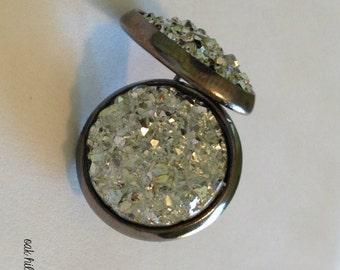 silver druzy earrings-faux druzy earrings-druzy stud earrings-sparkly silver earrings-bridesmaid earrings