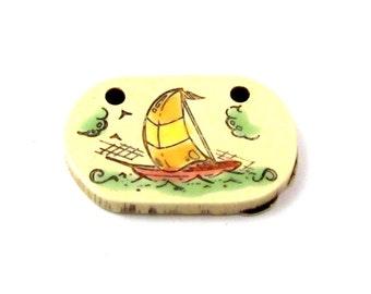 """Vintage Plastic Faux Ivory """"Carved"""" Sailboat Pendants (4X) (P571)"""