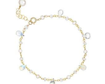Moonstone and Pearl Bracelet in 14k GF or Sterling Silver. Single Strand