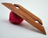 "Beveled Weaving Shuttle For Small Weaving Loom Inkle Loom Tablet Weaving Card Weaving Detail Work - Handcrafted Weaving Tool - Red Oak 4.5"""