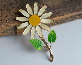 Flower Pin, Flower Brooch, Daisy Brooch, Daisy Pin, Enamel Pin, Enamel Brooch, Vintage Jewelry, Vintage Pin, Etsy, Etsy Jewelry