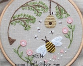 Bee's World Crewel Embroidery Kit