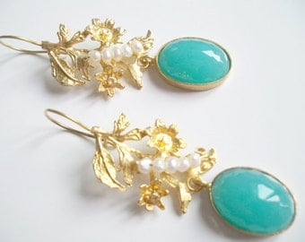 Blue jade and pearl gold Leaves earring