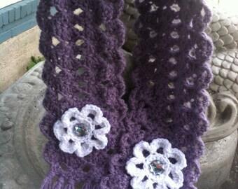 Light Purple Crochet Scarf with Flowers