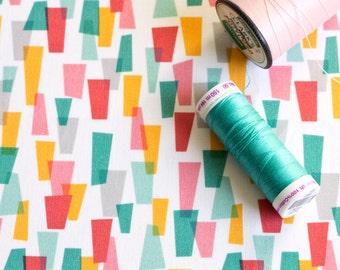 Retro Fabric / Atomic Fabric / Geometric Print / Mid Century Style / Fat Quarters / Quilt Fabric