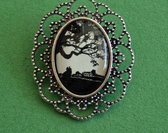 GONE WITH the WIND Brooch - Silhouette Jewelry
