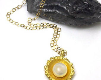Gold Pearl Necklace, Pearls by Nature, Pendant Necklace, Single Pearl Necklace Gold, Pearl Pendant, Ivory Pearl Necklace