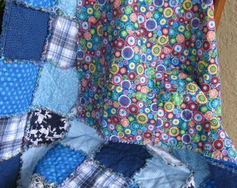 A Specialty in  Blue Rag Quilt - Free US Shipping
