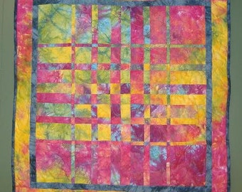 HARMONIC CONVERGENCE Multi Colored Quilt Finished Completed handmade Quilted Wallhanging