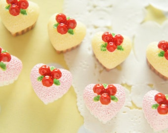 8 pcs Heart Cupcake Cabochon (13mm14mm) CD416